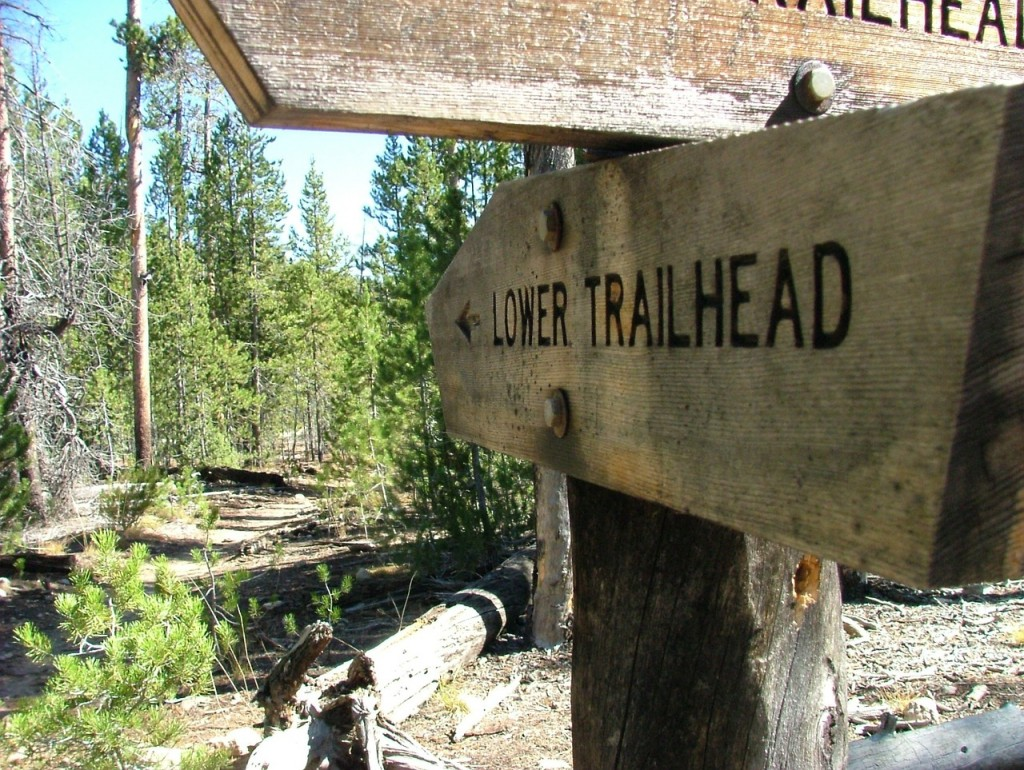trail-950690_1280
